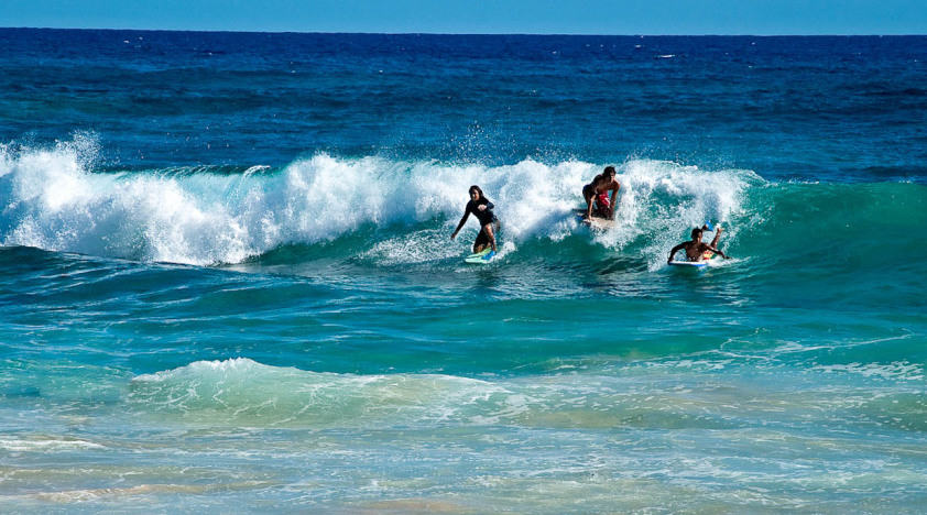 Surf Lessons in Lahaina