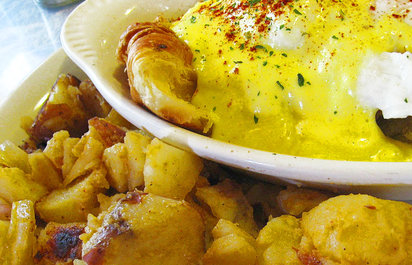 The Log Cabin Eggs Benedict